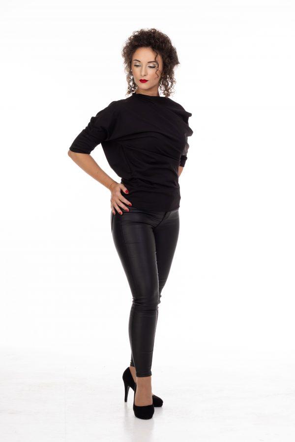 crna bluza od likre